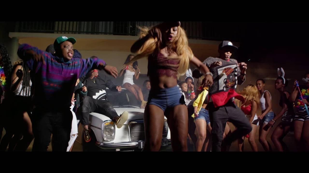 Wololo song with lyrics by Babes Wodumo ft Mampintsha