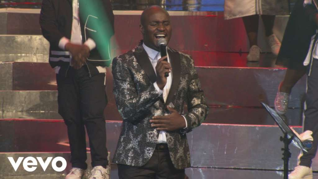 Oska Ntsheba Wa Nnyatsa (Don't Look Down on Me) Lyrics by Psalmist Sefako (Joyous Celebration 23)