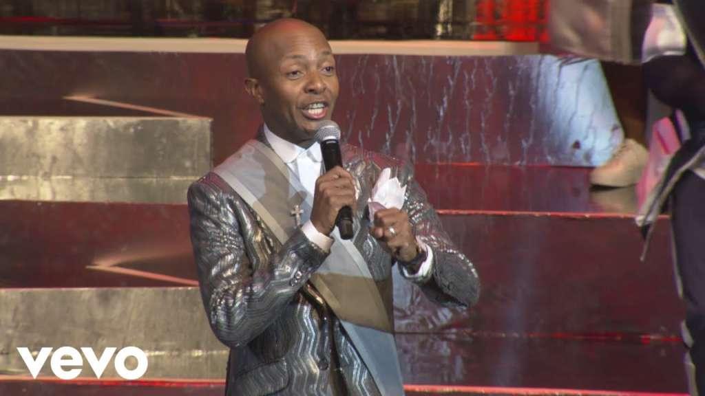 Thabang Le Nyakalle English Translated Lyrics and Live Performance Video by Given Mabena (Joyous Celebration 23)